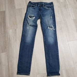American eagle jeans lots of holes skinny spr stry